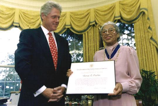 rosaparks-billclinton.jpeg